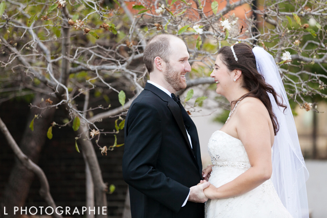 L-Photographie-Wedding-Photographers-St.-Louis-Kristin-Ashley-Events-Becky-Thatcher-Riverboat-Old-Courthouse-Wedding20
